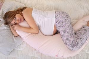 How to Choose the Best Pregnancy Pillow and Your Top 10 Choices